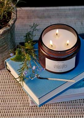 Cintronella, rosemary and watermint outdoor candle 02