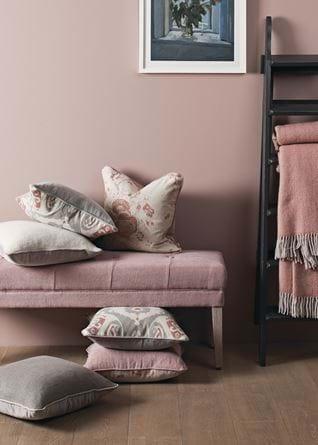 2018-2-16  Cushions_Camilla