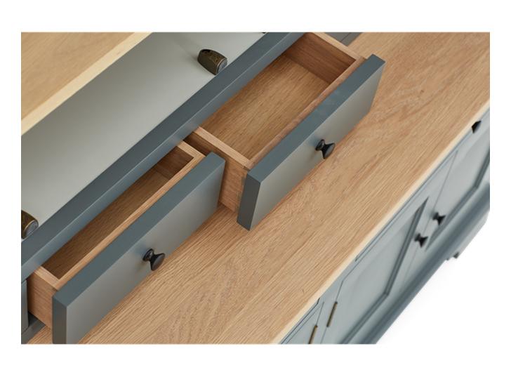 Henley 5ft AV Cabinet Detail 05