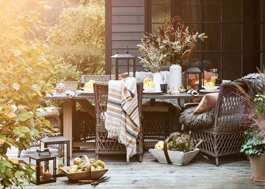 Autumn Bonfire Night Outdoor Table Styling