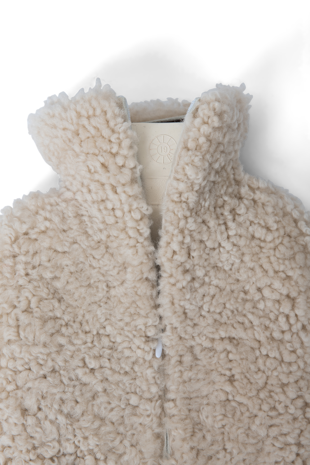 Tussock hot water bottle_zip close copy