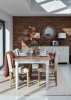 Suffolk dining table
