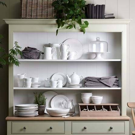 Chichester dresser Bowsley crockery
