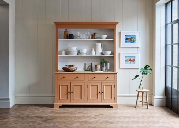 CHICHESTER_DRESSER_01_091_SQUARE_CROP