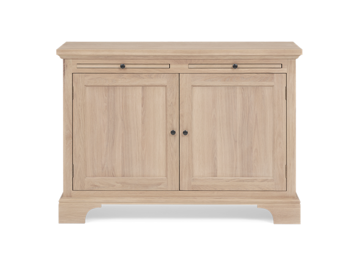 Henley 4ft Oak Sideboard Front