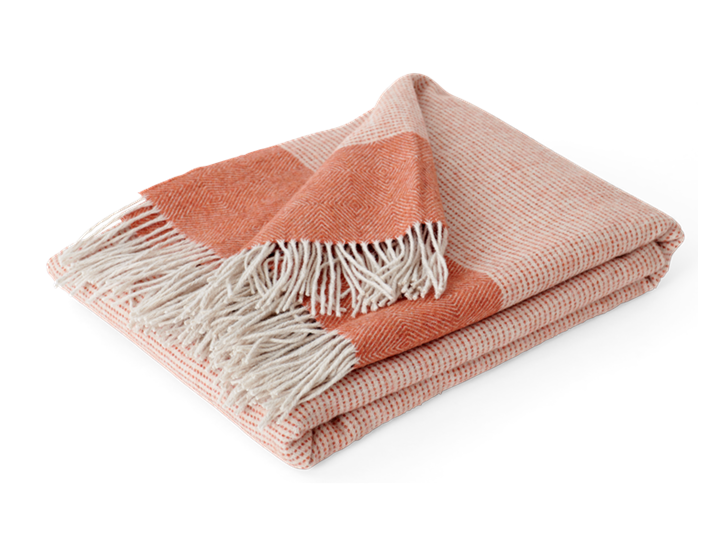 Otterburn throw, burnt sienna_3quarter