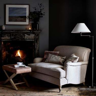 Olivia loveseat with lamp