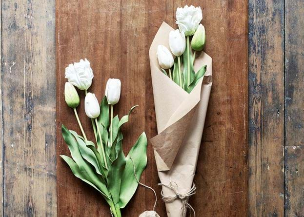 Tulip Bunch 4 Stems White