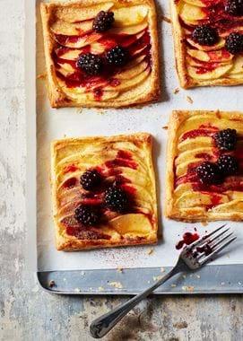 Blackberry tarts