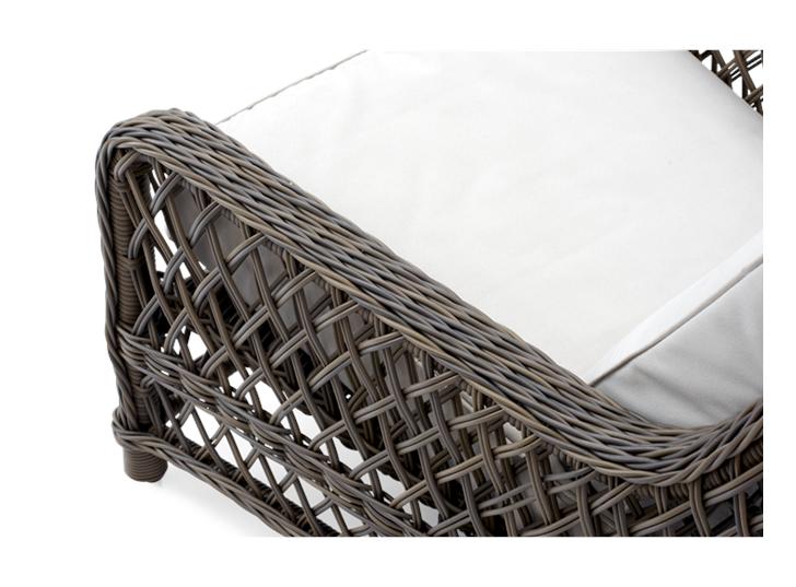 Harrington Relaxed Armchair_Detail 2