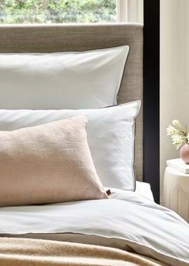 Bed linen Oyster Pink scatter cushion