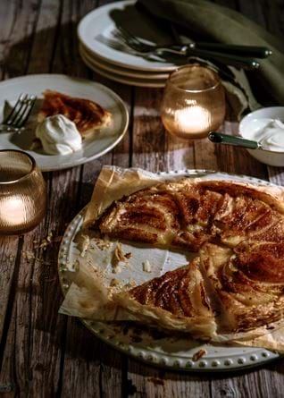 Bonfire night - Toffee apple tart