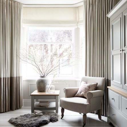 Curtains_&_blinds_Vertical_Border_Curtain_Clara_Warm_White_Holkham_Sand_Bottom_283