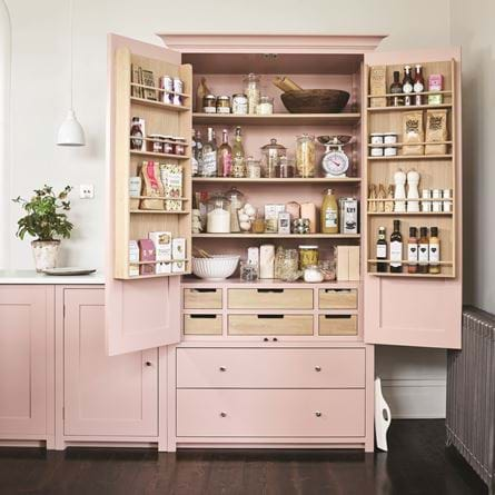 SUFFOLK_LARDER_CABINET_KITCHEN_ADVERT_072_Curve