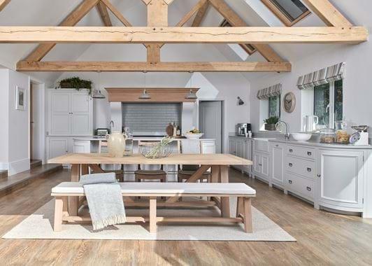 Collyey Kitchen_Vines Cross_Wide 1
