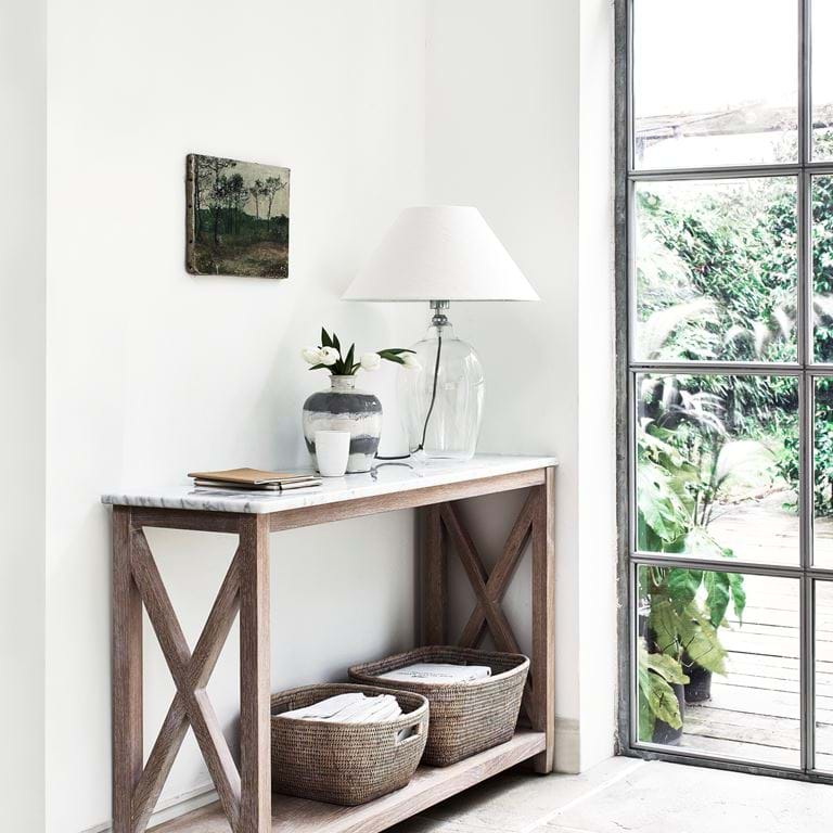 HERSTON_CONSOLE_TABLE_010