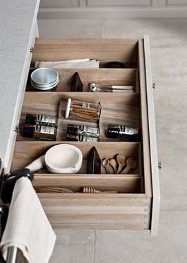 Suffolk_Kitchen_Hardware_03