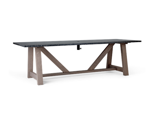 Runswick table_3quarter