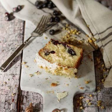Blueberry and elderflower cake-2