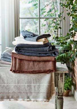 Seasonal fabric stack SS19