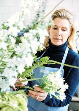 Hannah Redman Spring Flower Arranging