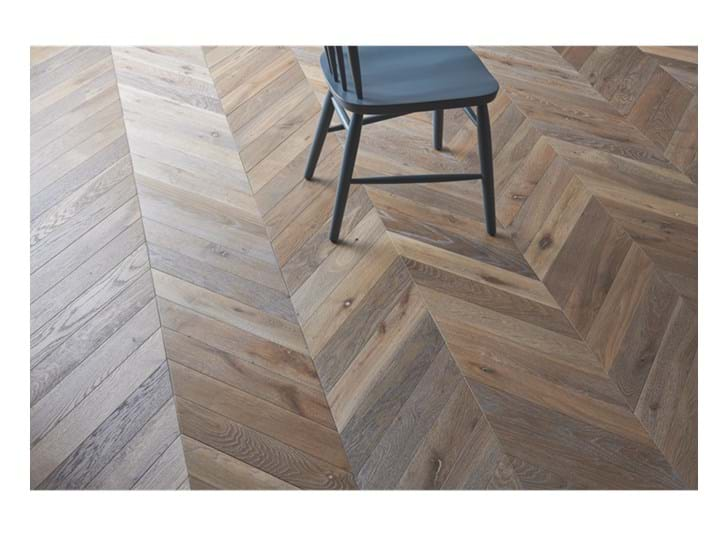 Savernake_Chevron_Vintage Oak
