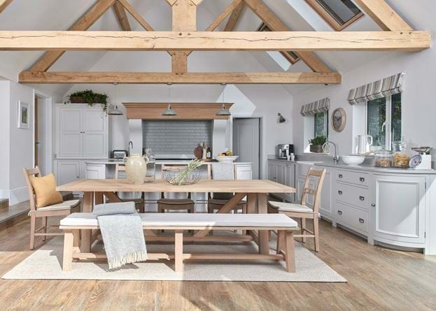 Collyey Kitchen_Vines Cross_Wide 2