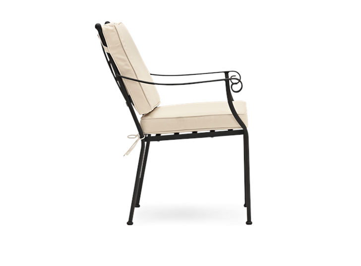 Cheltenham Carver Chair with Oatmeal Cushion_Garden Furniture