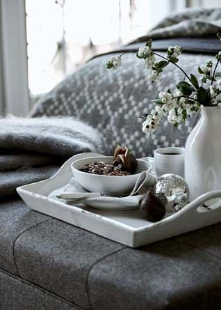 Winter bedroom tray detail