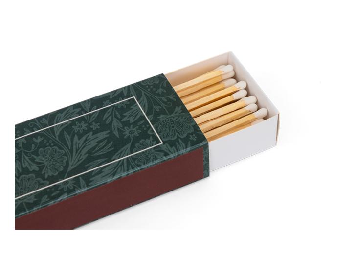 Winterberry long matchsticks - detail