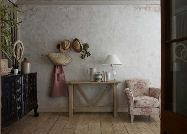 Rustic Console Table Shaftesbury Glass Lamp