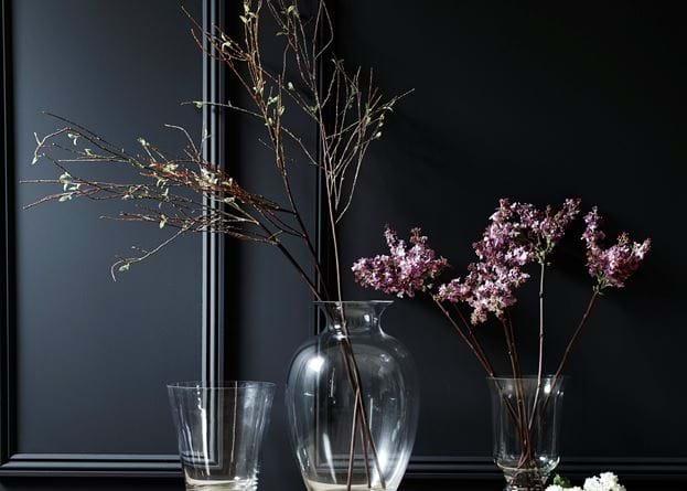 Charlton vase with flowers