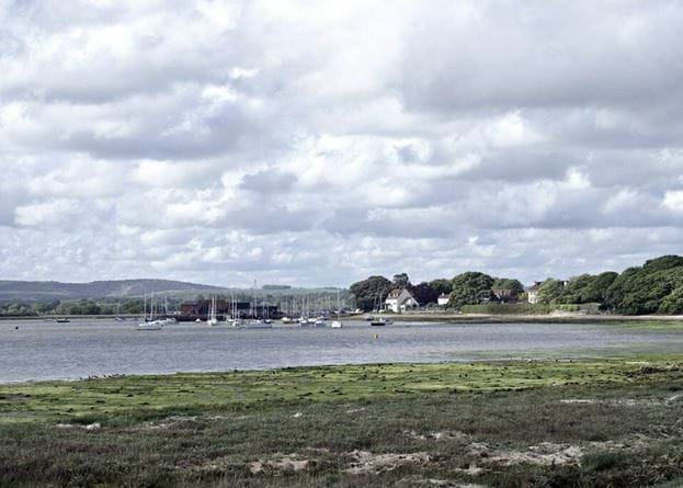 crown-and-anchor-dell-quay