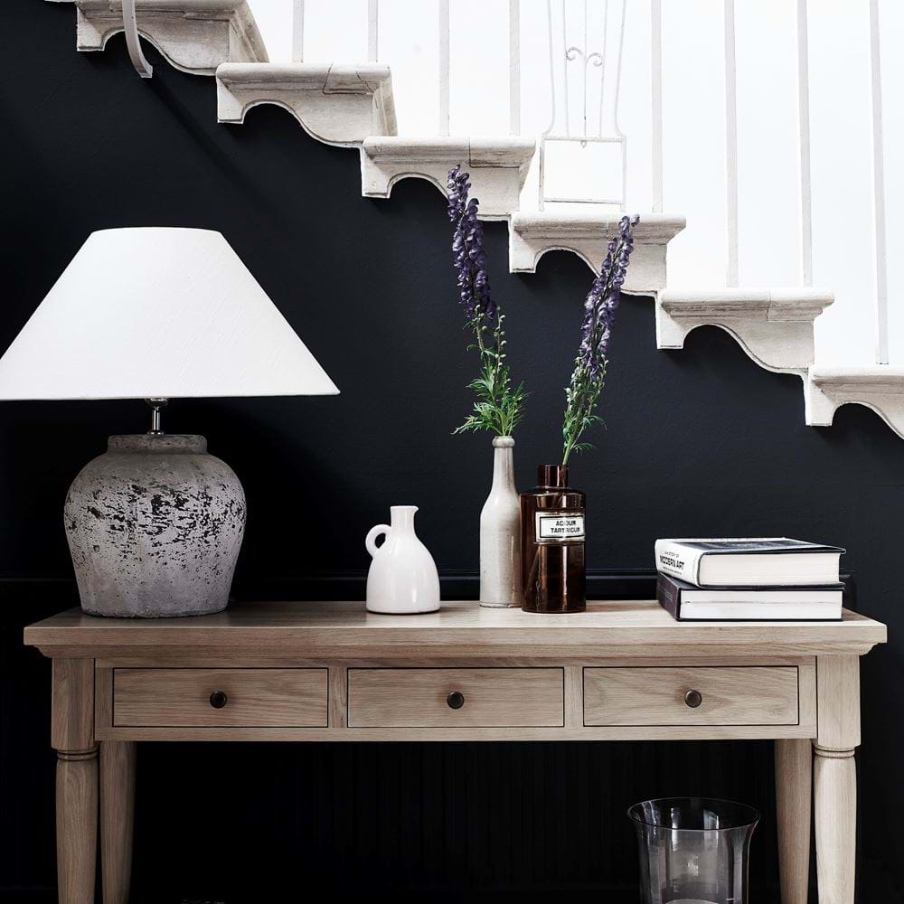 Henley Console with Hanley Medium Concrete Lamp