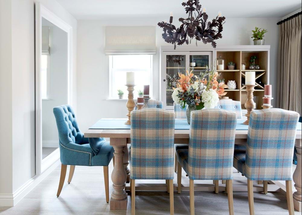Balmoral dining table