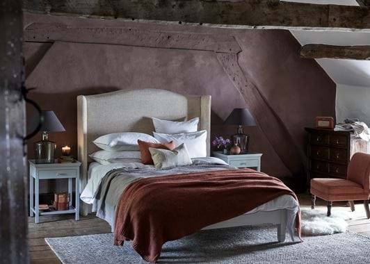 Attic bedroom no footstool