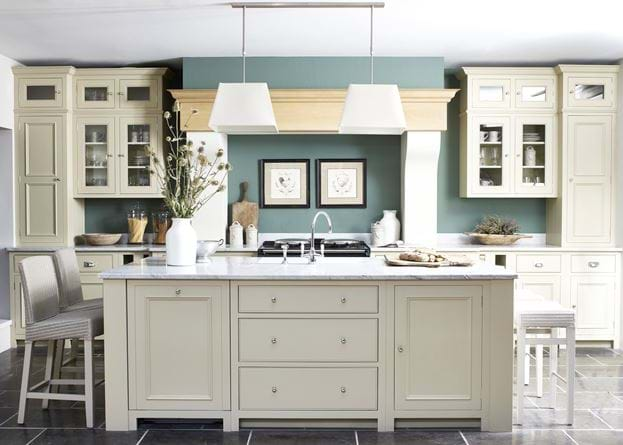 Neptune Chichester Kitchen painted in Neptune Old Chalk Paint