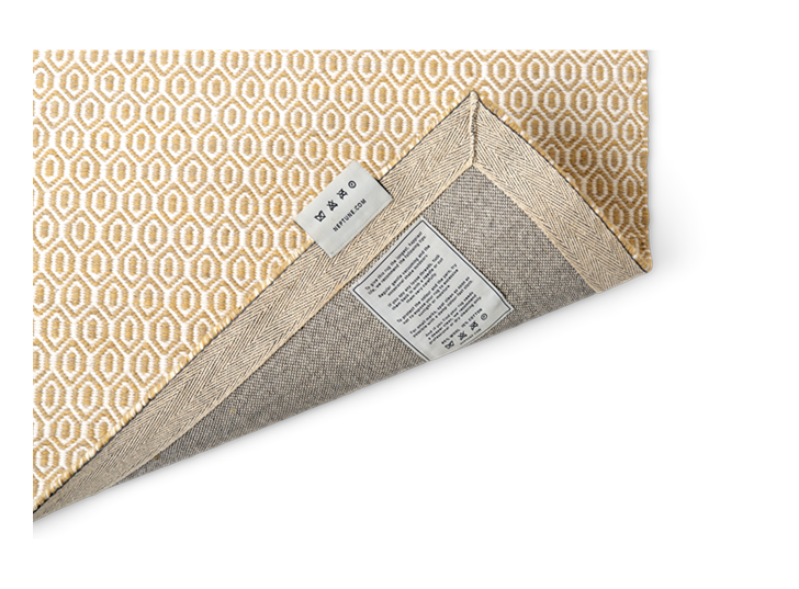 Alderbury geometric rug 70x240_saffron_detail 1