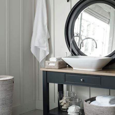 Chichester_Washstand_1_024B