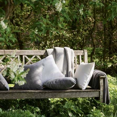 OUTDOOR_CUSHIONS_008