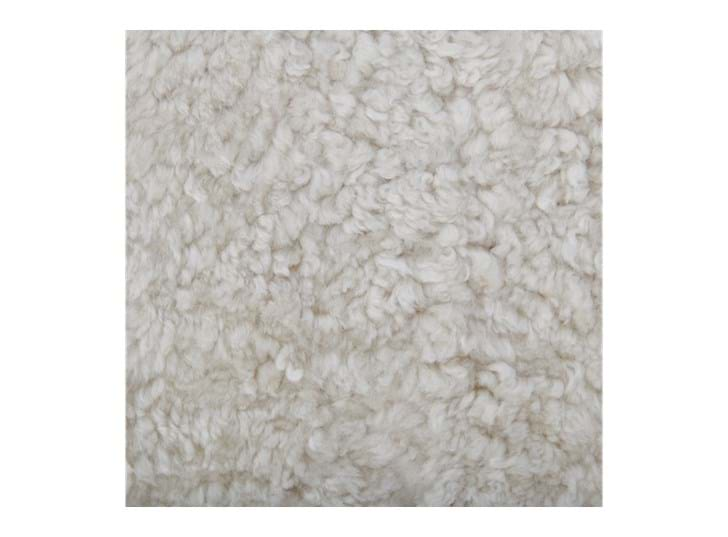 Sheepskin_Tussock_Single_Detail