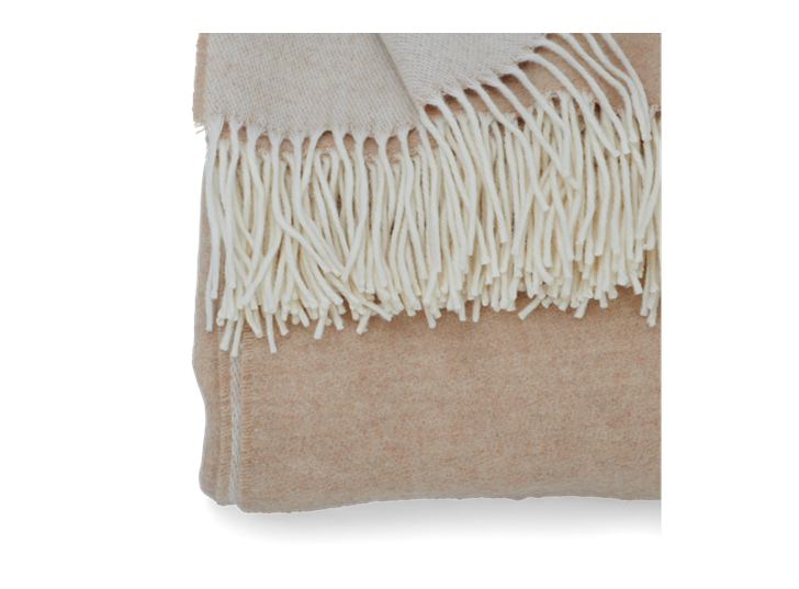 Thurston Reversible Throw Large Natural_Edge Detail