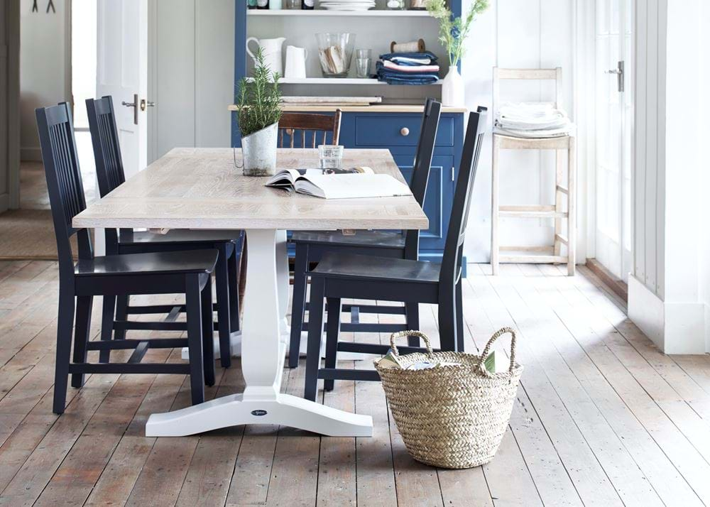 Harrogate dining table painted Snow