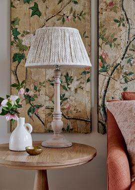 Highgate Lamp Medium_Oak