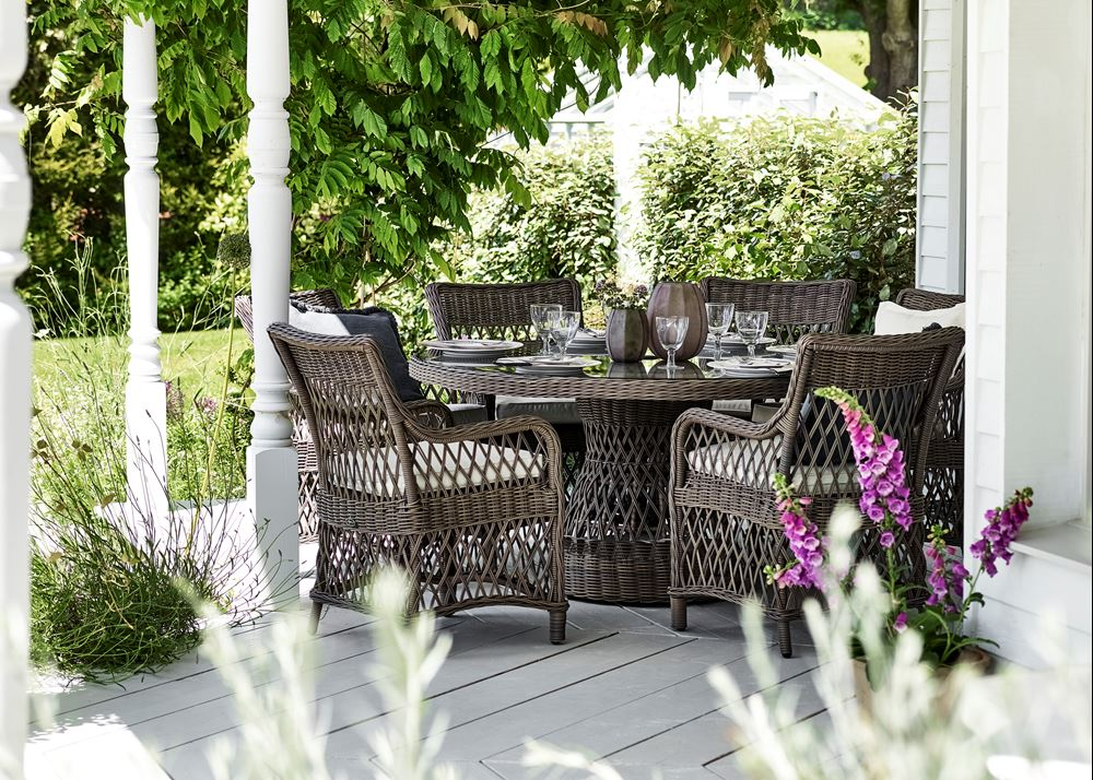 Harrington Round 6-seater Table Set_Garden Furniture_Veranda