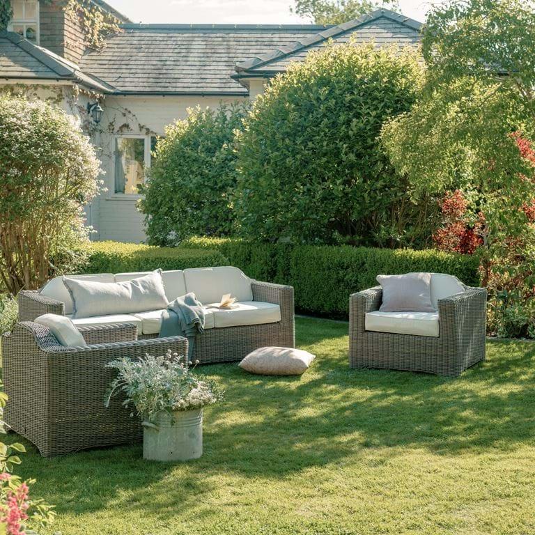 SS20 SS20 TRESCO armchairs:sofa