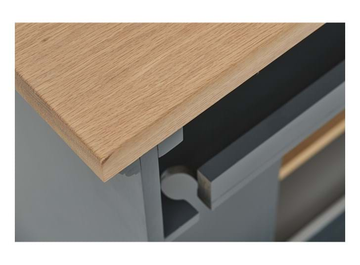 Henley 5ft AV Cabinet Base Detail 02