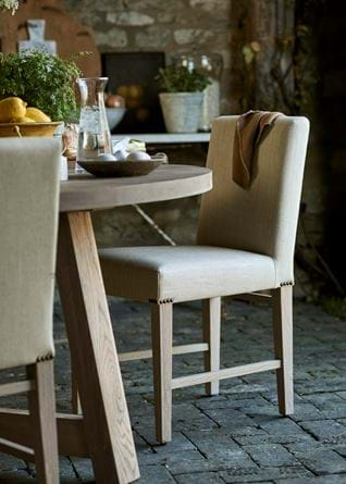 Arundel Round Dining Table